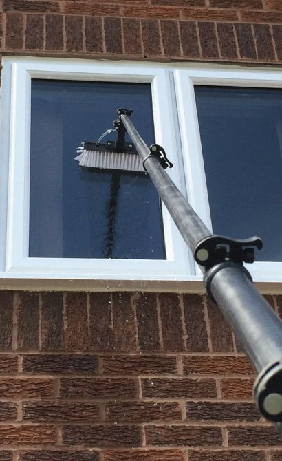 Water-Fed-Pole-System-for-window-cleaning