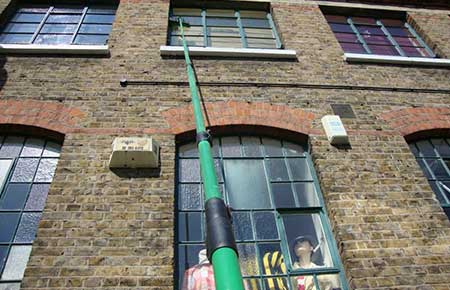 extendable-Window-cleaning-poles