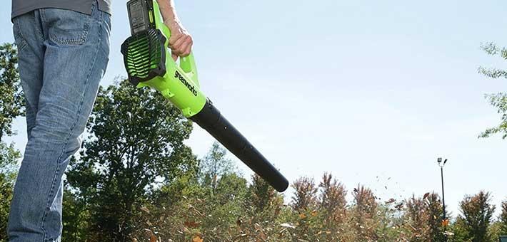 Greenworks-40V-Cordless-Jet-Leaf-Blower